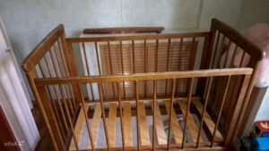 Можно ли красить детскую кроватку. краска для детской кроватки: особенности, критерии выбора, монтаж.
