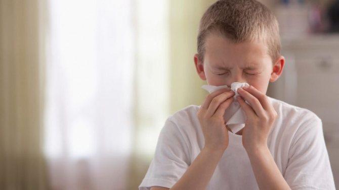 Самые эффективные средства от насморка для детей