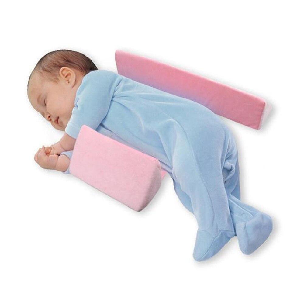 Разновидности детских подушек для сна младенцам от года