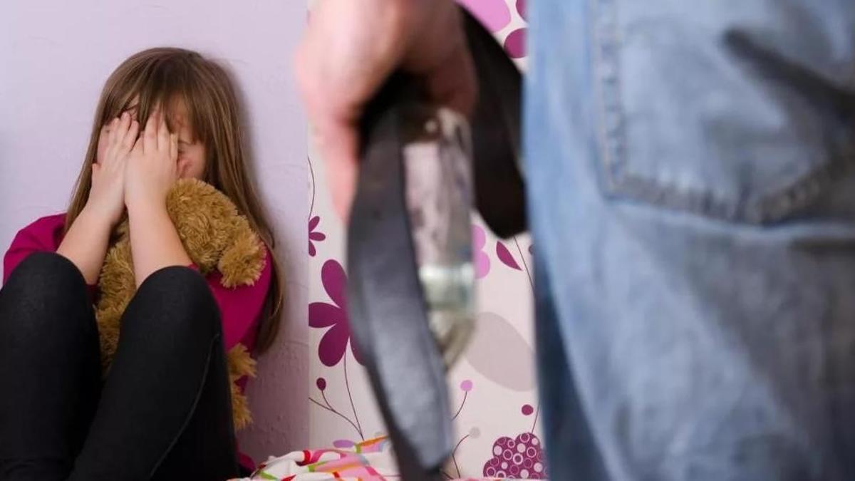Отчим: история мамы отвергнувшей сына из-за любви к мужчине