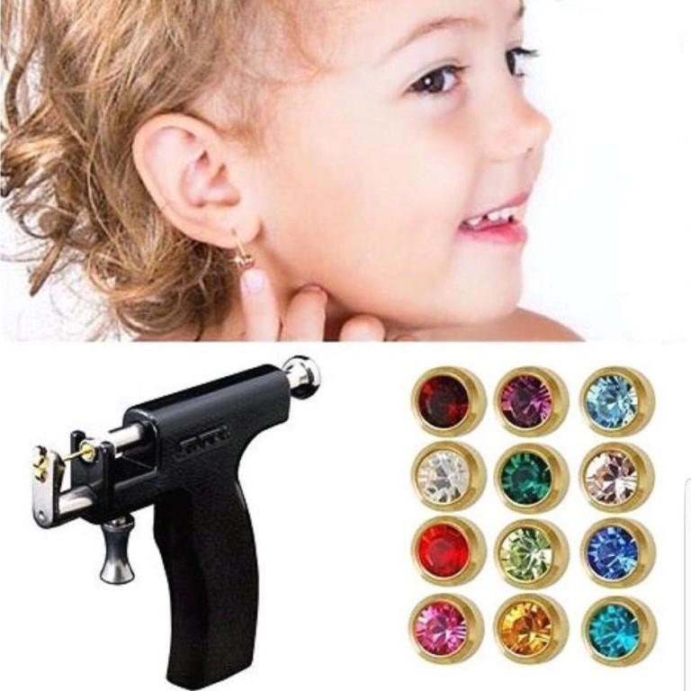 Обработка ушей после прокалывания пистолетом у детей. чем обрабатывать ухо после прокалывания: виды антисептических средств, их состав, правила и особенности обработки проколотого уха