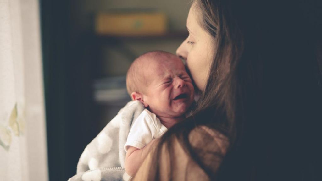Как быстро успокоить плачущего ребенка? :: инфониак