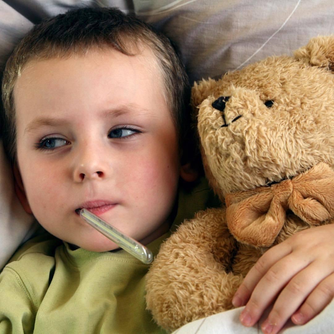 Постоянный страх и тревога у детей: как и чем помочь ребенку?   рейтинг клиник