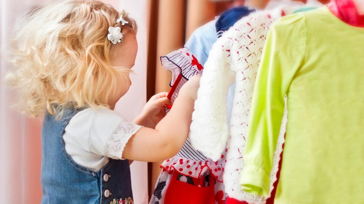 Как научить ребенка одеваться самостоятельно: полезные советы родителям