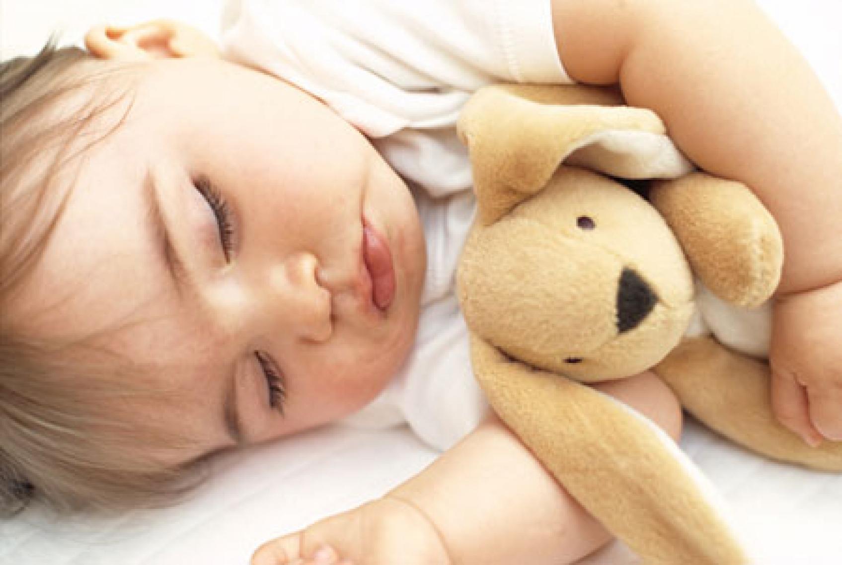 Наши дети с рождения засыпают самостоятельно. как мы этого добились?