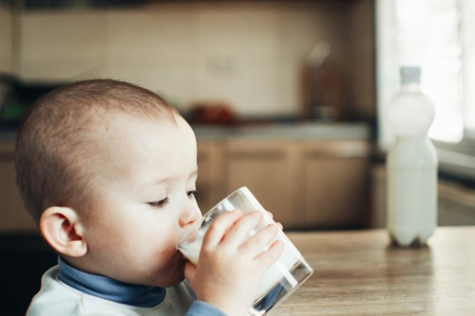 Аллергия у ребенка на белок коровьего молока чем кормить | неталлергии!