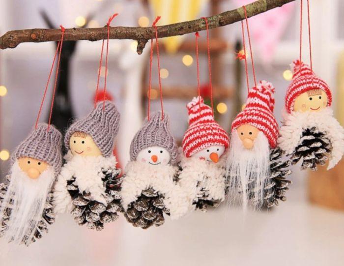 украсить шишки к новому году