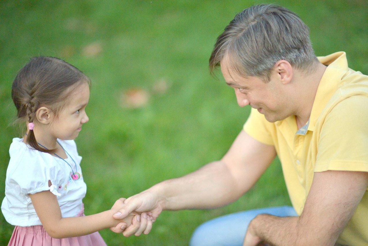 Как научить ребенка уважать родителей и слушаться с первого раза