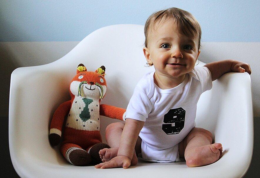 Как развивать ребенка в 9 месяцев | 10 лучших игр
