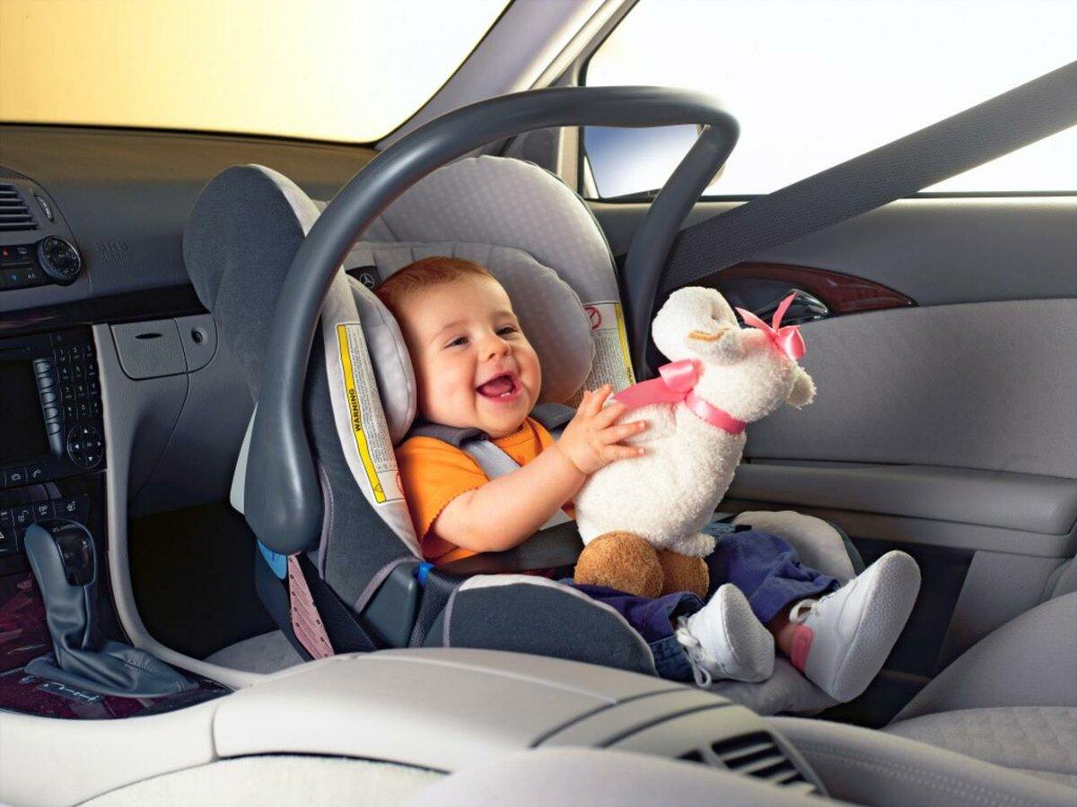 Перевозка ребенка на переднем сиденье - в соответствии с пдд