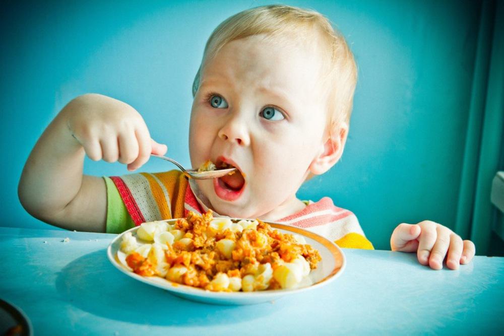 9 советов, как помочь ребенку полюбить здоровую еду