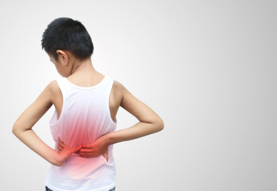 Почему ребенок жалуется на боли: основные причины