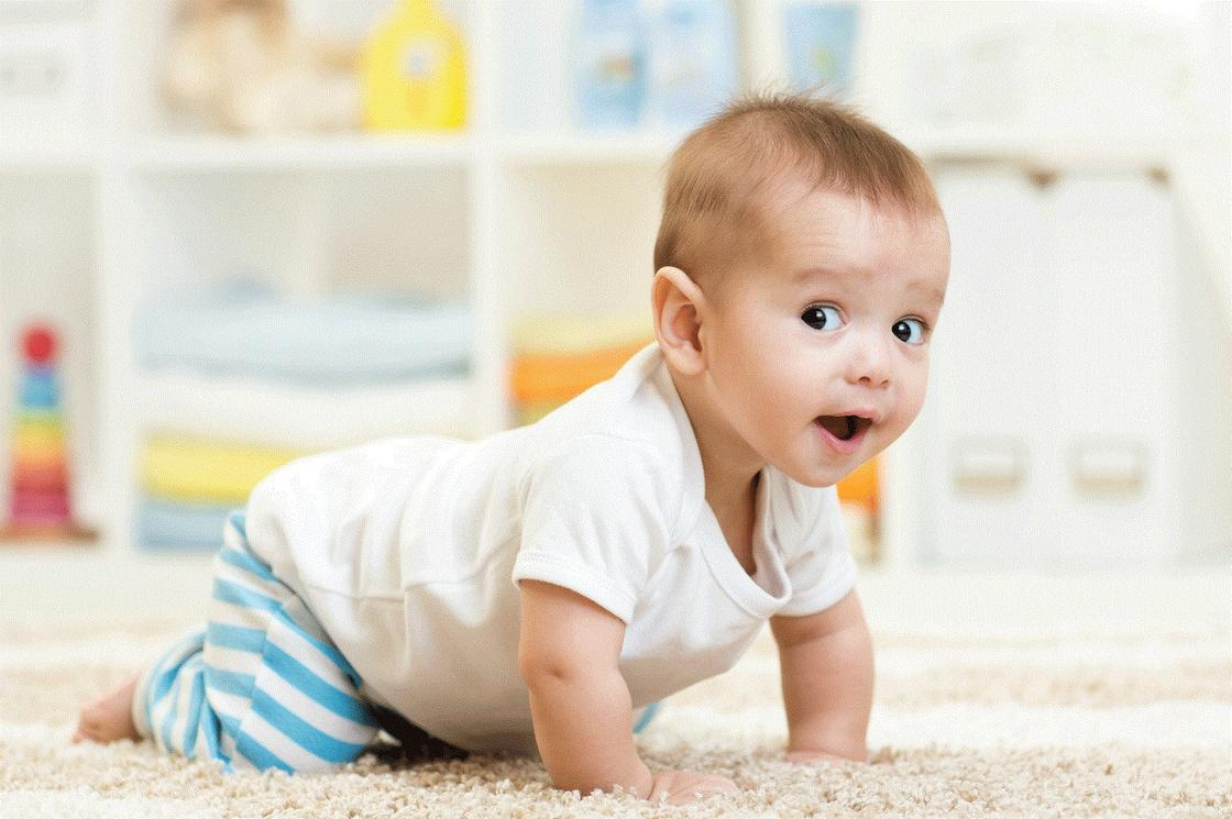 Когда ребёнок начинает улыбаться осознанно? - развитие ребенка