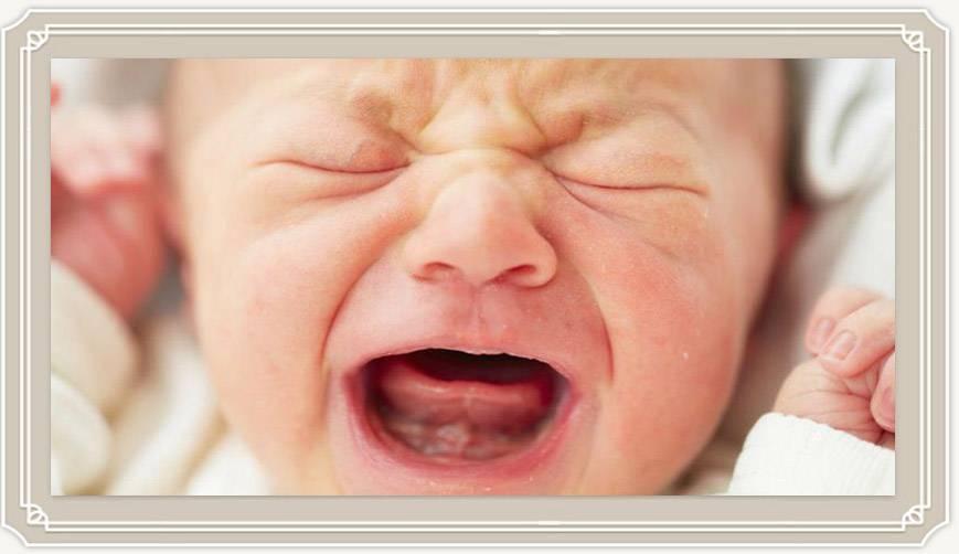 Почему плачет малыш? 8 причин плача новорожденного - грудное и искусственное вскармливание. прикорм