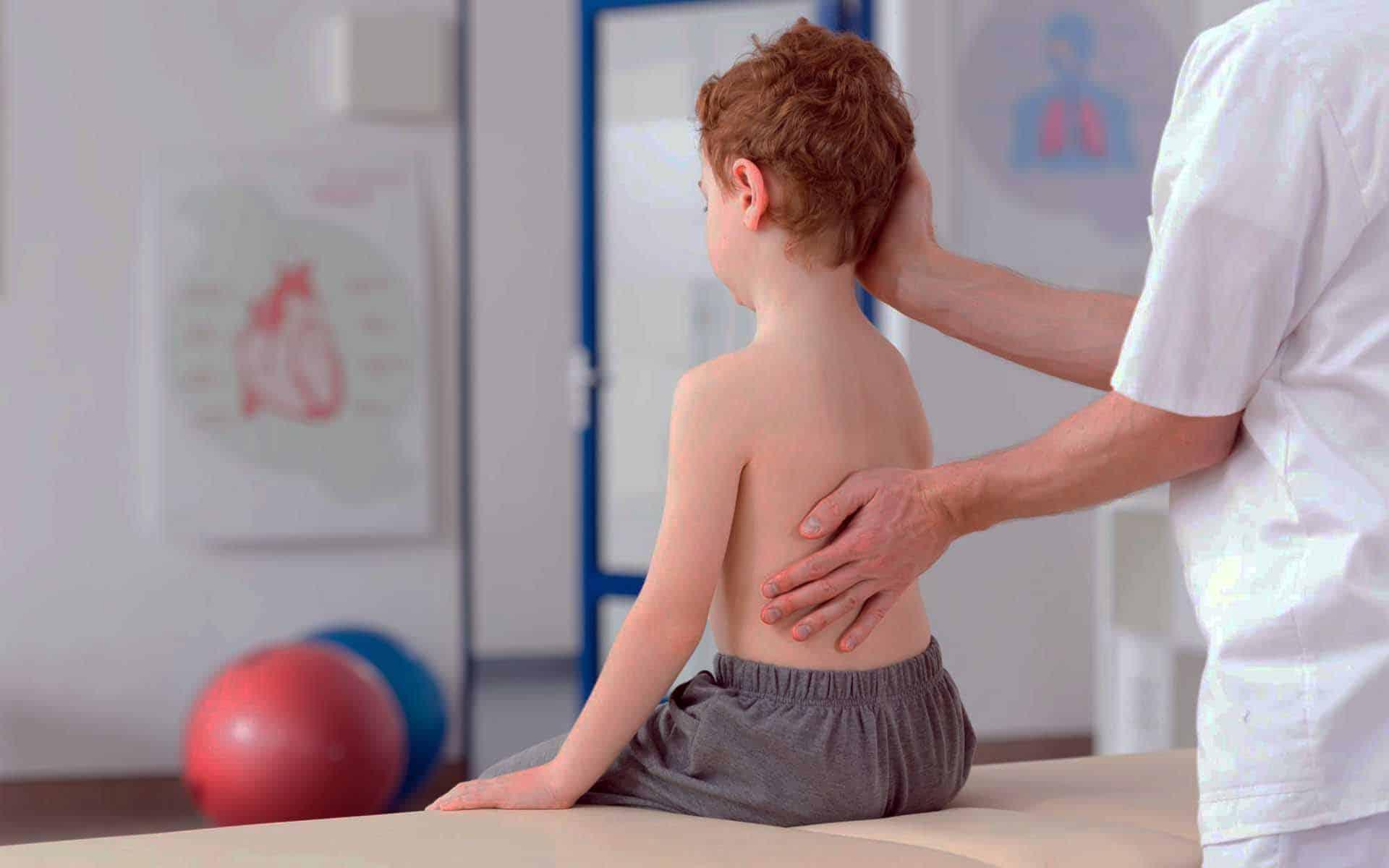 Сколиоз у детей. причины, симптомы, лечение и профилактика сколиоза   здоровье детей