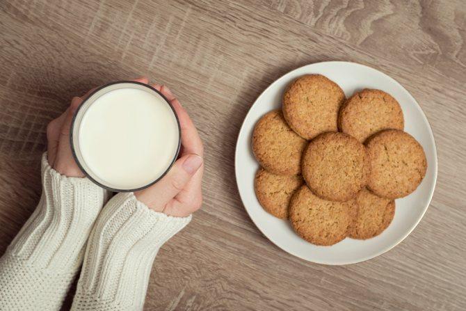 """Печенье """"мария"""" при грудном вскармливании: можно ли галеты маме при гв, а также в каком возрасте и сколько давать данный продукт ребенку?"""