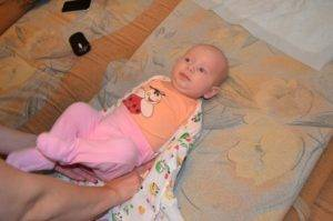 Как отучить младенца от рук и когда этого делать не стоит?