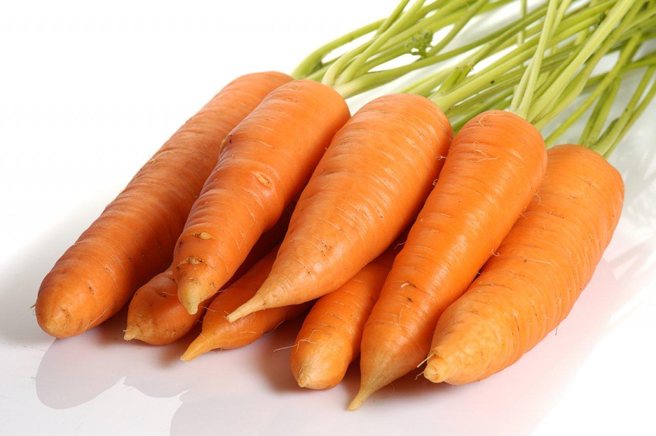 Морковь и морковный сок при грудном кормлении