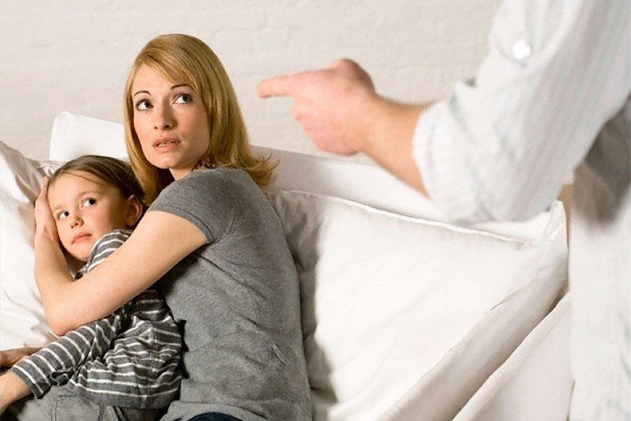 Отказ от родительских прав добровольно в 2020 году - отца, матери, можно ли, как