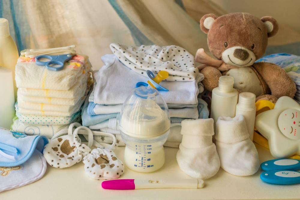Ненужные вещи для новорожденного: список топ-10