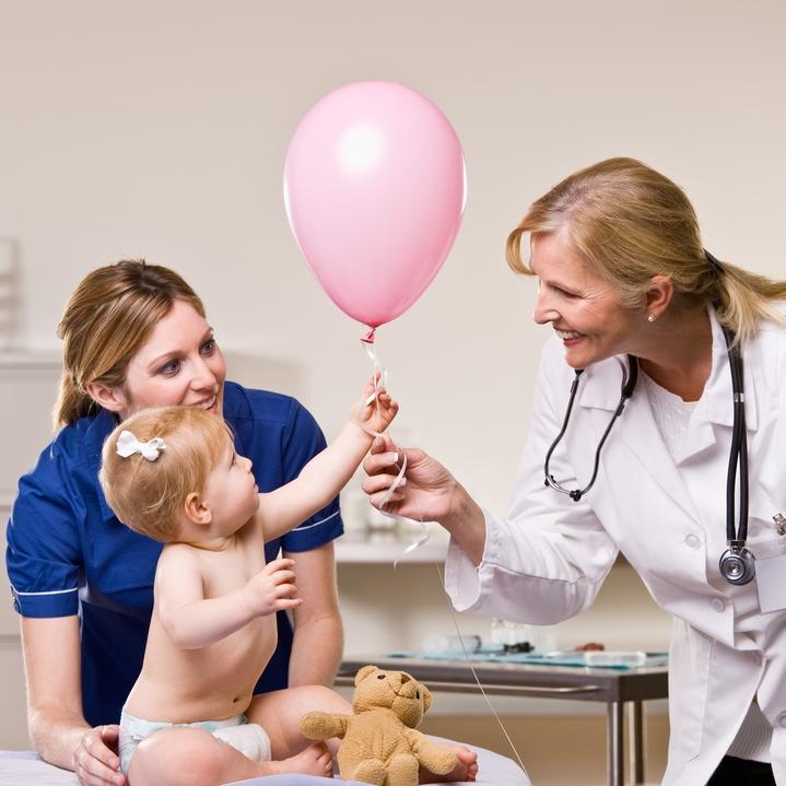 Синехии у девочек - причины и лечение