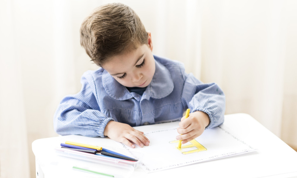Левша или правша: как определить у ребенка