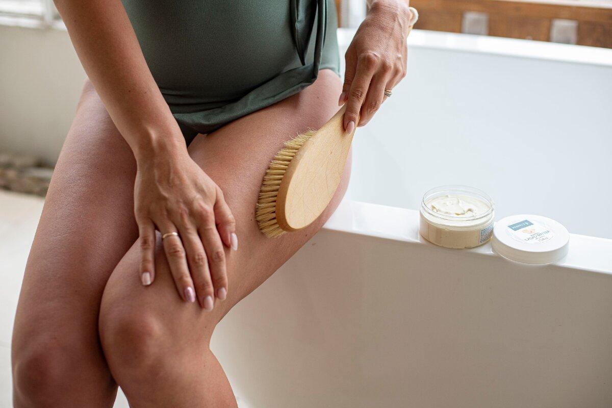 Массаж сухой щеткой при беременности