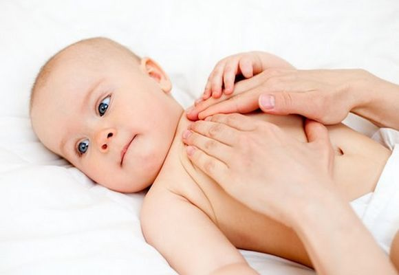 Чем растирать ребенка до года при кашле | мама супер!