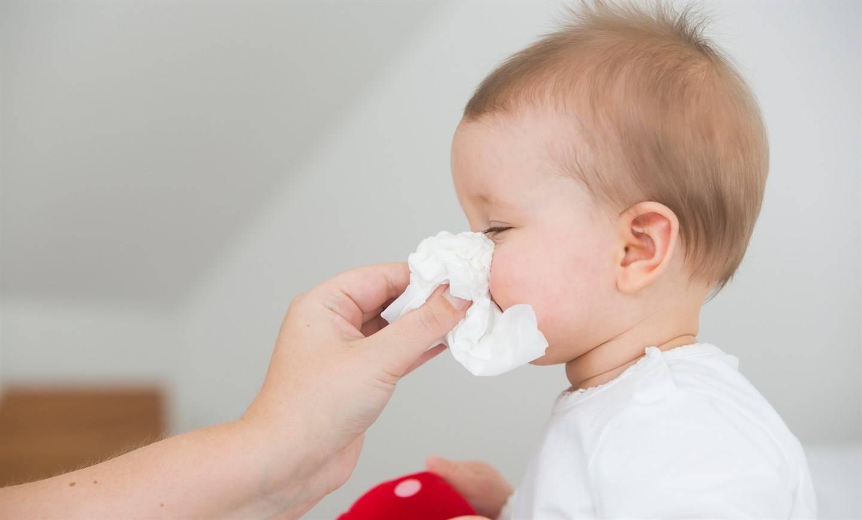 Аллергический ринит - симптомы, лечение, причины болезни, первые признаки