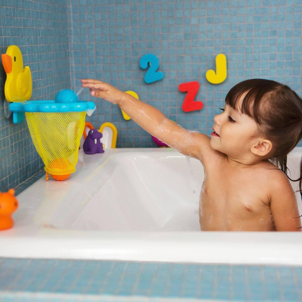 Чем занять ребенка в ванной ❗️☘️ ( ͡ʘ ͜ʖ ͡ʘ)