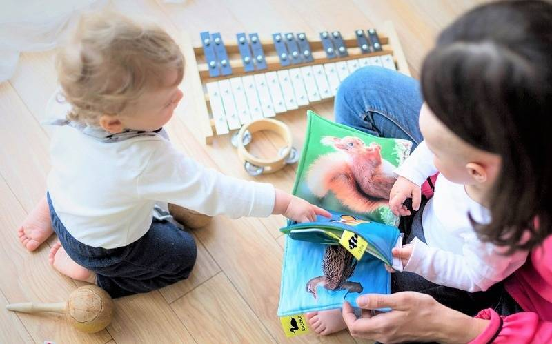 Как с пользой развлечь ребёнка во время карантина? 10 практичных советов для родителей