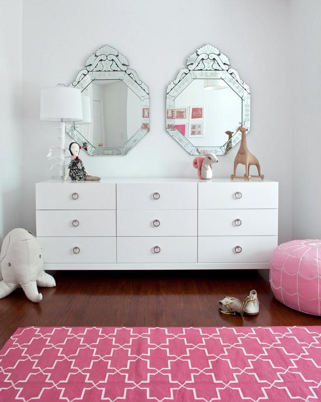 Зеркала в детской комнате