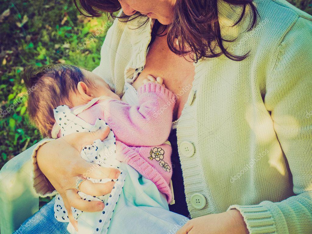 Как правильно кормить малышей грудью: основные правила   уроки для мам