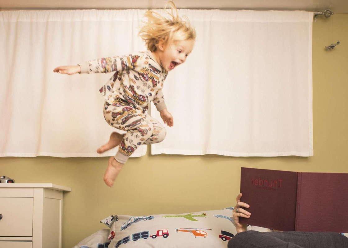 Гиперактивный ребенок: что делать родителям, советы психолога, признаки гиперактивности, особенности вопитания, требуется ли лечение, безопасные способы коррекции поведения