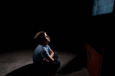 Лунатизм у детей: причины, лечение (как лечить у малышей и подростков), что делать родителям ребенка?