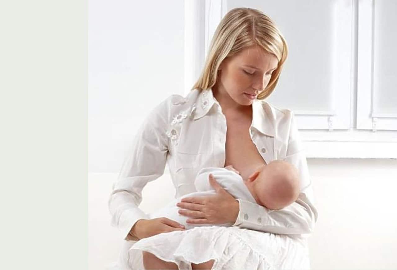 Преимущества ночных кормлений грудью