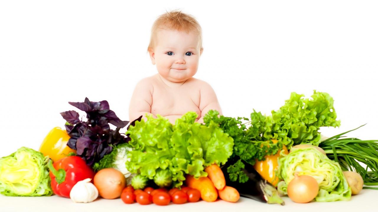 Ребенок не ест овощи и фрукты: что делать