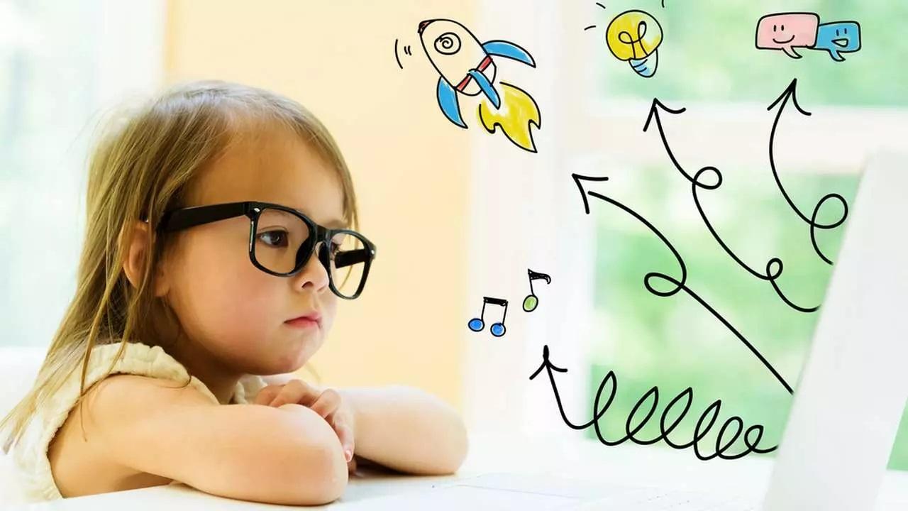 Как научить ребёнка различать цвета: 6 методик от детского офтальмолога