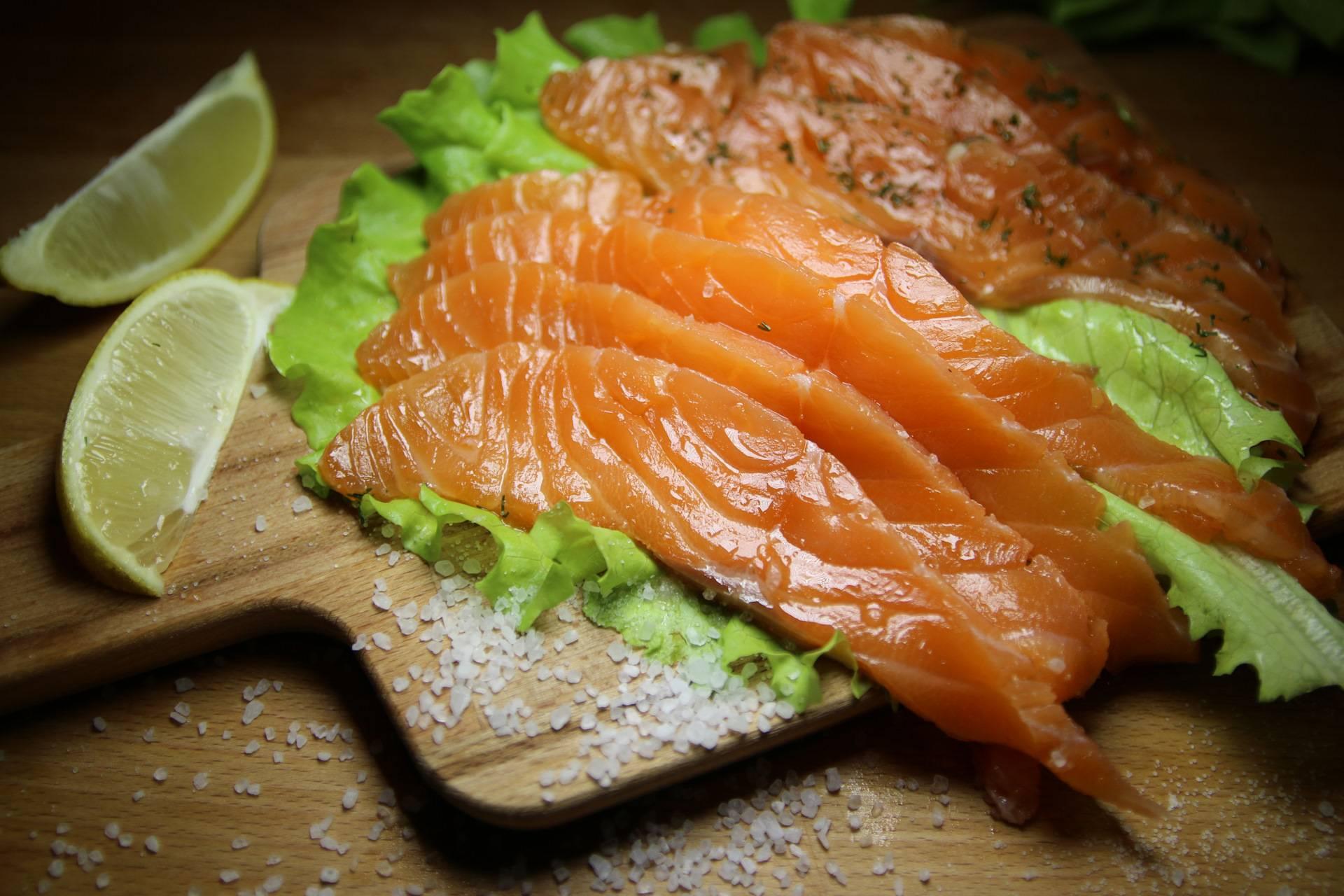 Можно ли беременным семгу слабосоленую, сушеную и вяленую красную рыбу – форель, горбушу, лосось? - о медицине