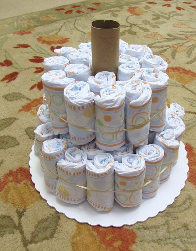 Торт из памперсов для девочки (40 фото): как сделать подарок пошагово своими руками, мастер-классы