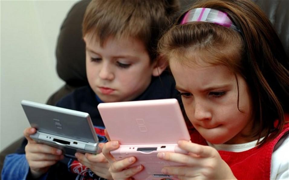 Влияние гаджетов на детей: чем опасны современные технологии