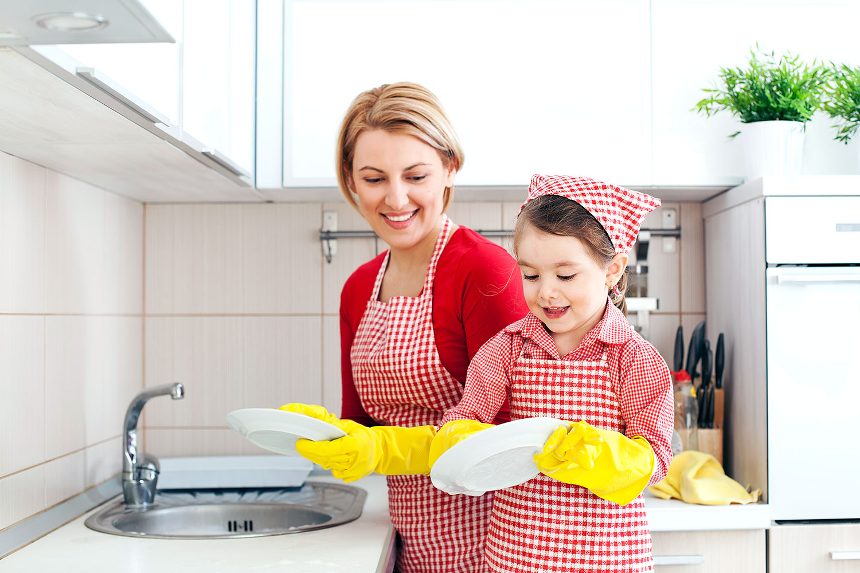 8 не совсем полезных советов свекрови по уходу за малышом