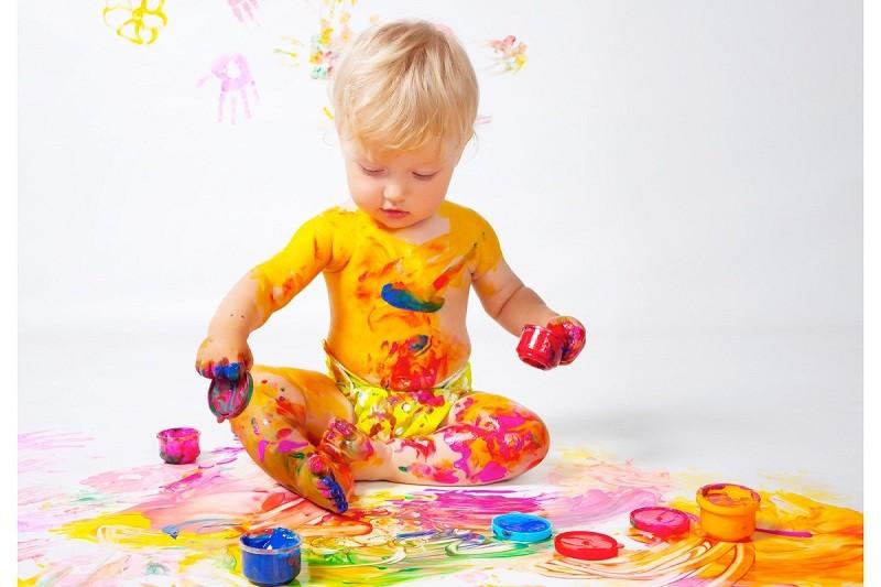 Как научить ребенка различать цвета? занимательное колоритное знакомство