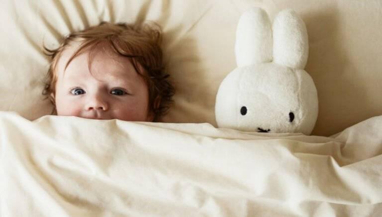 Ребенок 2 года плохо спит ночью: причины, что делать