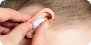 Борная кислота: можно ли капать в ухо этот 3 процентный раствор и как правильно, сколько раз в день составляет применение для взрослых и детей при отите?