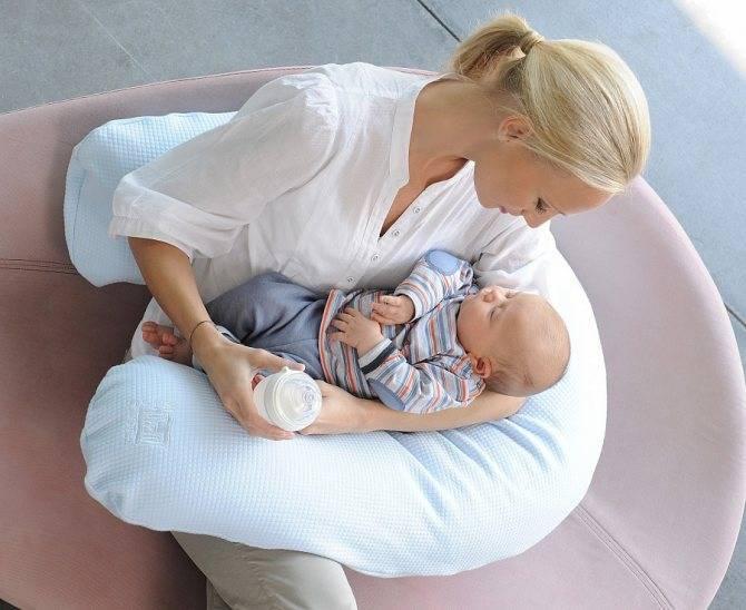 Подушка для кормления ребенка, двойни, новорожденных: как пользоваться, лучшие позы для малыша