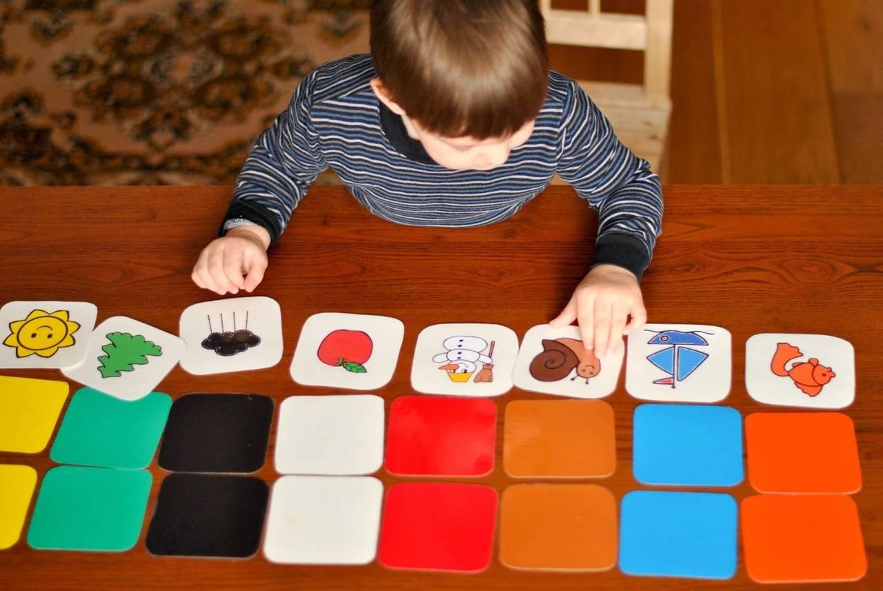 Как научить ребенка формам и цветам: 10 этапов и советов