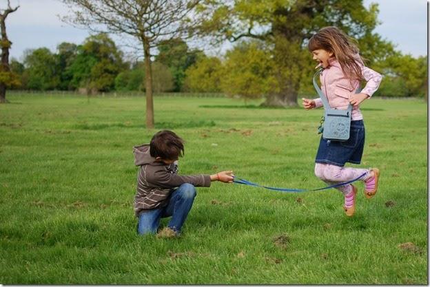 Едем с детьми весной на дачу: чем заняться с пользой для развития