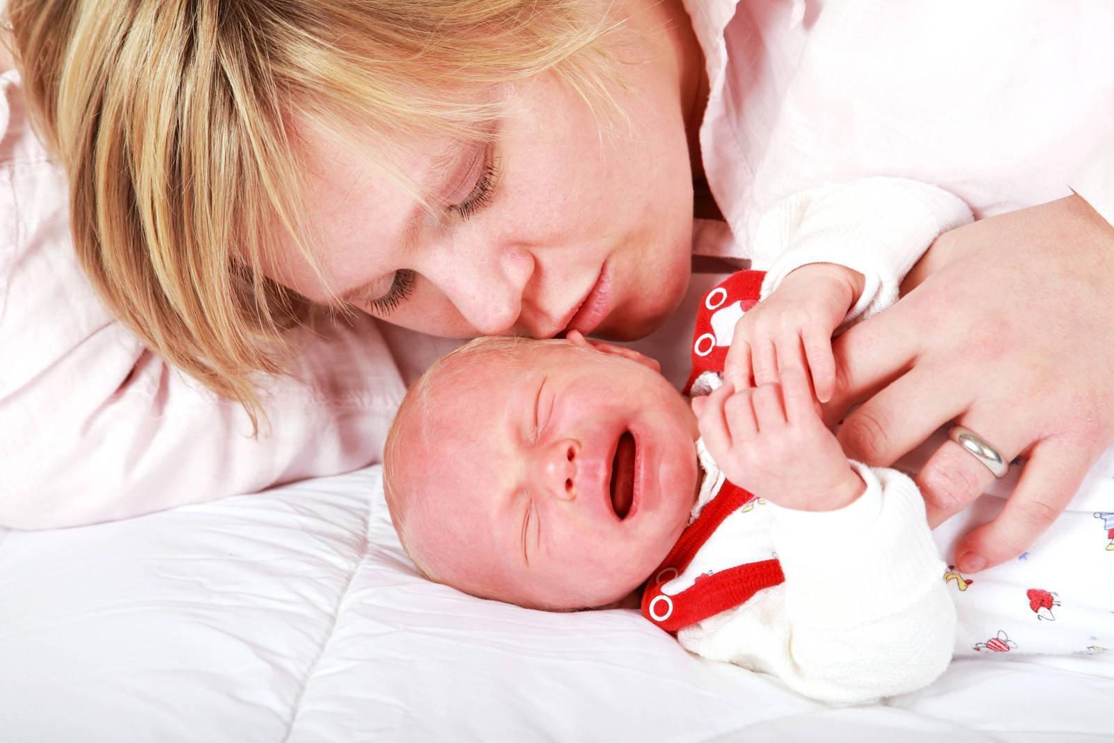 Как успокоить новорожденного ребенка за 5 минут: быстрые и эффективные методики