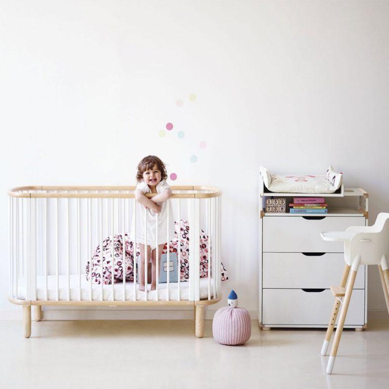 Что нужно для кроватки новорожденного: список, какое детское одеяло и подушку выбрать